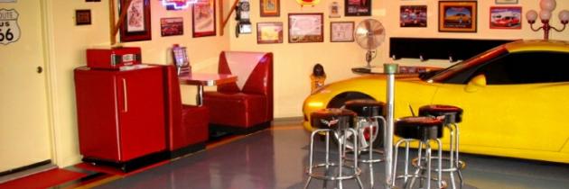 Brian's Cool Americana Garage – Vera, FL