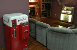 Darrell's Man Cave Soda Machine – Beaver Dam, WI