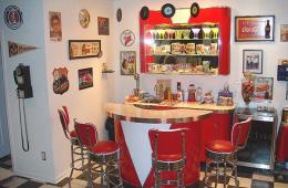 Dave's Doo Wop Room – Hilliard, OH