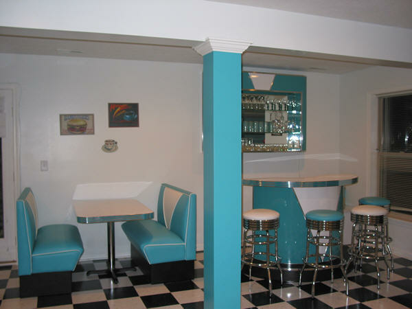 Retro Basement Teal And White Diner Booth Custom Bar