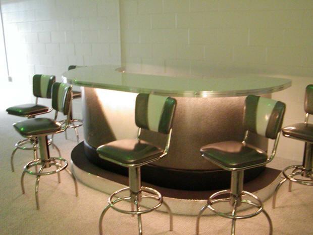 Judy-and-Holmes-Basement-Bar.fw_