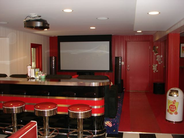 Retro Home Theater Custom Home Bar Bar Stools Diner Booth
