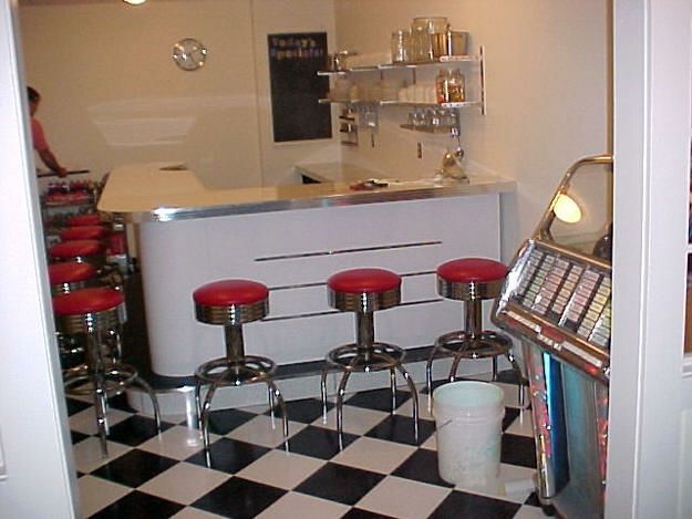 Kurts-Diner-Bar.fw_
