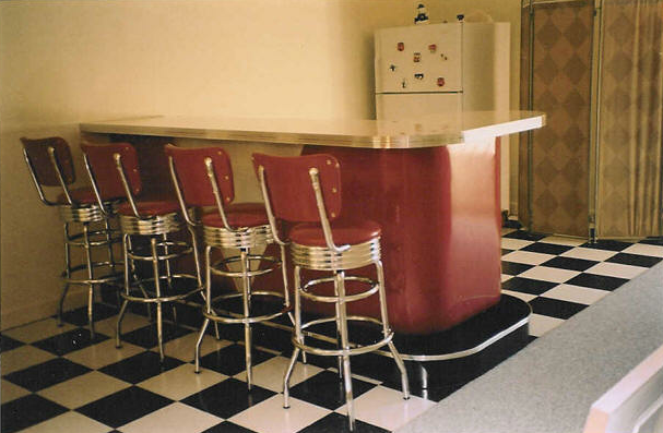 L-Shaped-Retro-Bar.fw_