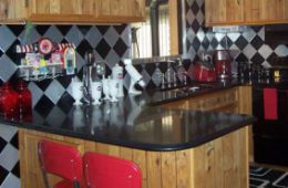 Larry's Retro Kitchen – Sterling Heights, MI
