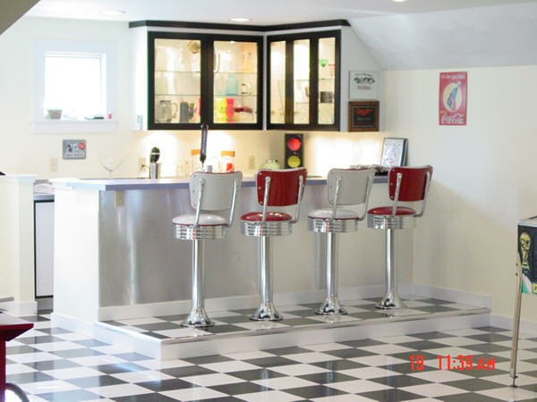 Miriones-Bar-and-Diner-Booth.fw_