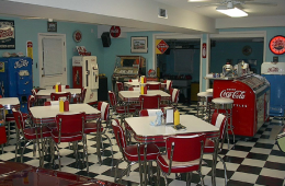 Ron's Retro Garage – Ridgeland, SC