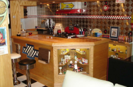Sacco's Racing Room – Middletown, NY