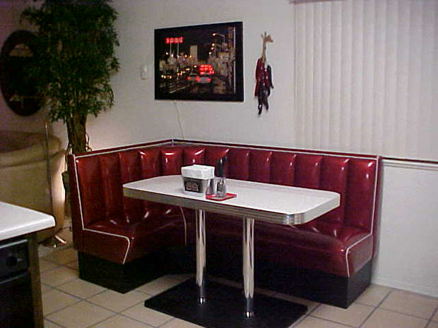 Sherris-L-Shaped-Dinerbooth.fw_
