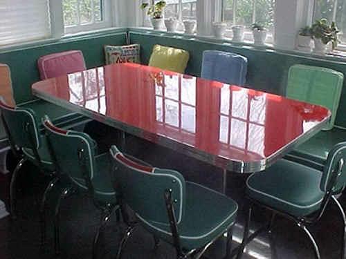 Trebachs-Custom-Booth-Table.fw_