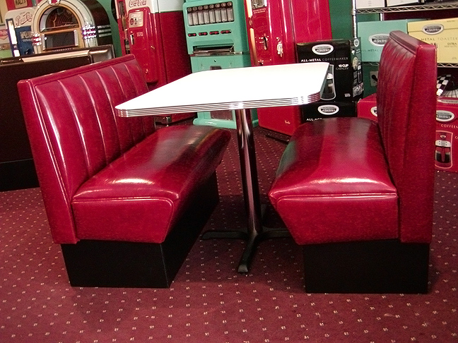 Beverly Hills Diner Booth Set