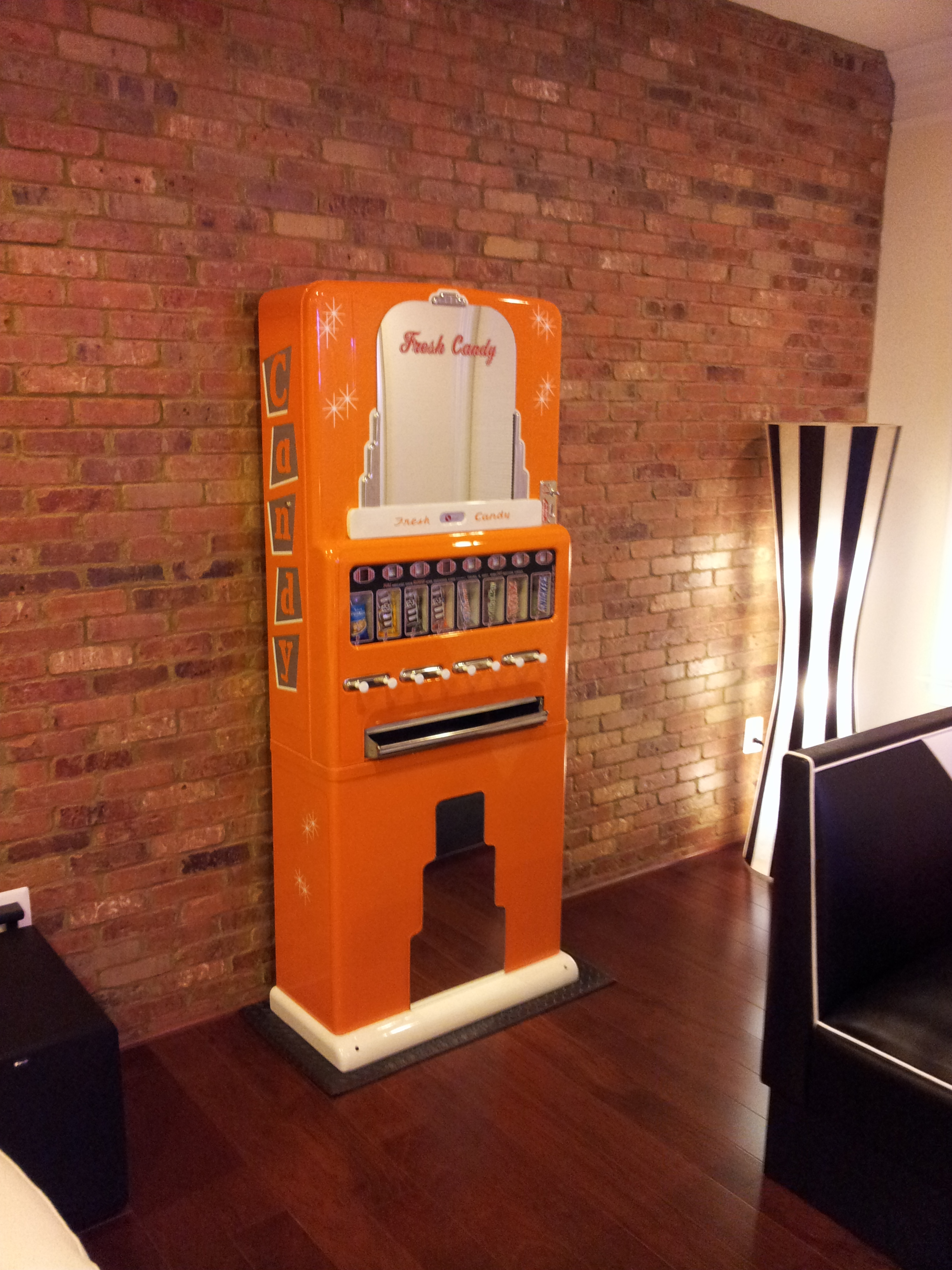 Steves Candy Machine 187 Bars Amp Booths