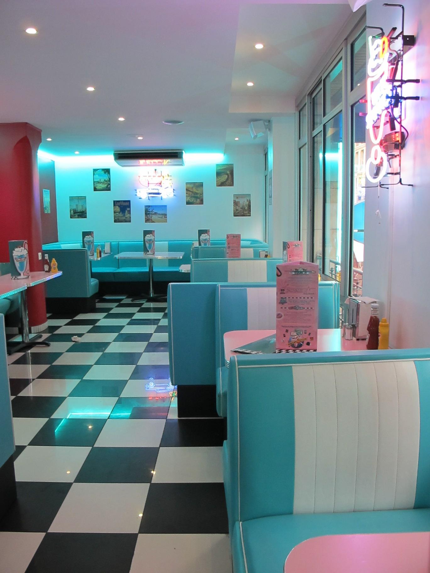 Hd Diner Ch 226 Telet Paris France 50s Retro By Barsandbooths Com