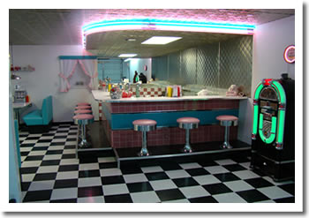 Retro Garage Bar Diner 1950 S Diner Booths Bar Stools