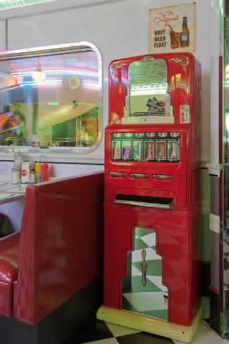 Mats Retro Garage Candy Machine