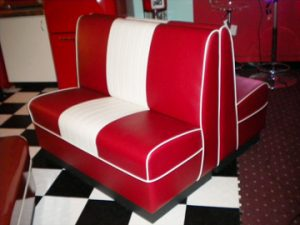 Kemp 48 Inch Cruiser in Red White