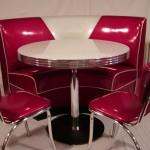 Kemp Corner and 2 Chairs