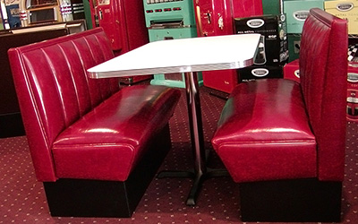 Hollywood Series Model HW-4300 - Beverly Hills Retro Diner Booth