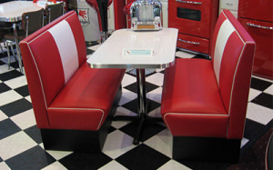 Malibu Series Model MB-4300 - Cruiser Retro Diner Booth