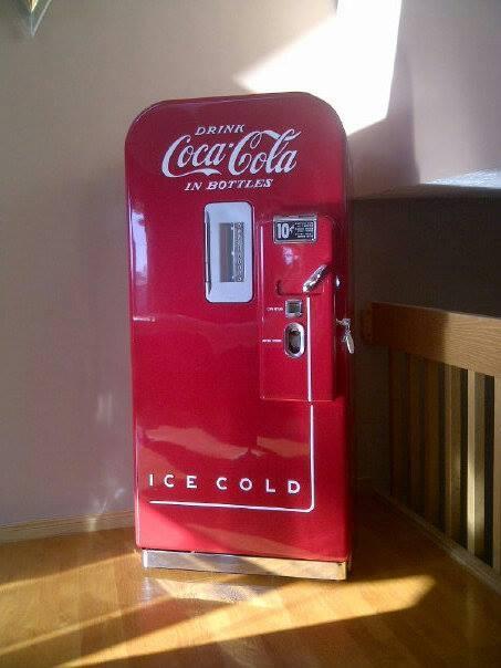 Vendo 39 Restored Coke Machine