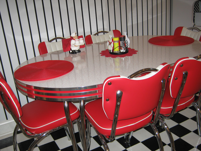 Retro Dinette Set in Red and White