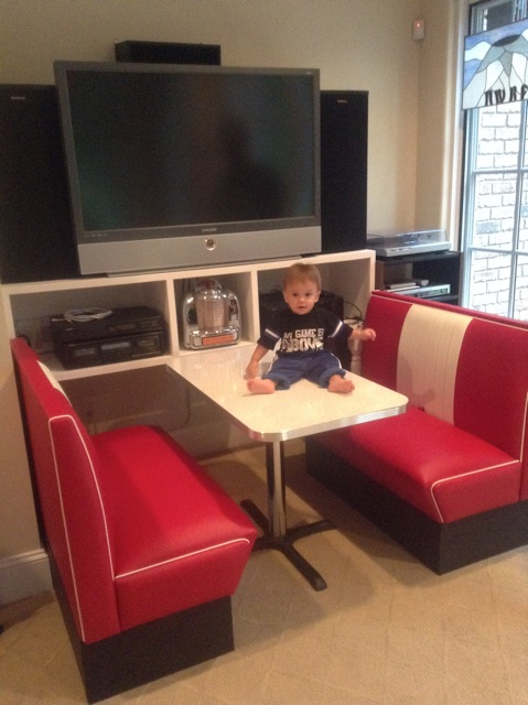 Cruiser Diner Booth