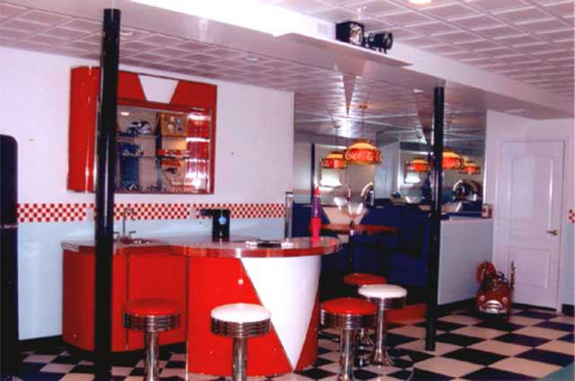 Janna S Retro Retreat 187 Bars Amp Booths