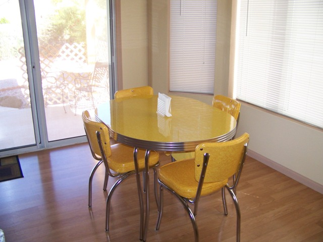 Pictured: 36u2033 X 48u2033 Oval Table Top With 2.25u2033 Metal Banding, Double Pole  Retro Chrome Legs And Yellow Cracked Ice Laminate, And Our C1DT SH Classic  Chair ...