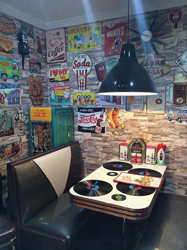 Tammy and Steven's New Retro Kitchen