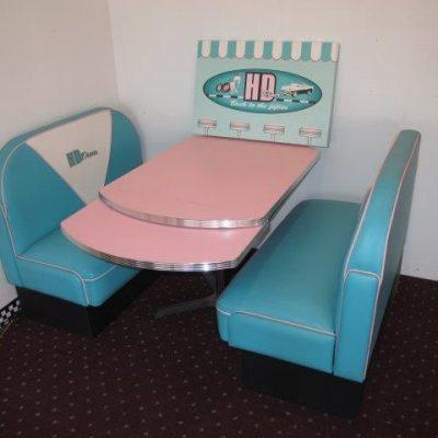 HD Diner Booth Set